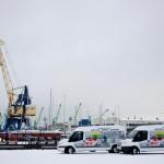 Mūsų balti Ford Transit mikroautobusai.
